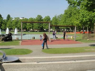 Montriond Milan Place De Jeux Pour Enfants 224 Lausanne